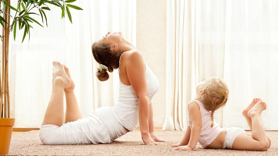 百人亲子瑜伽 来一场你和孩子的心灵之旅