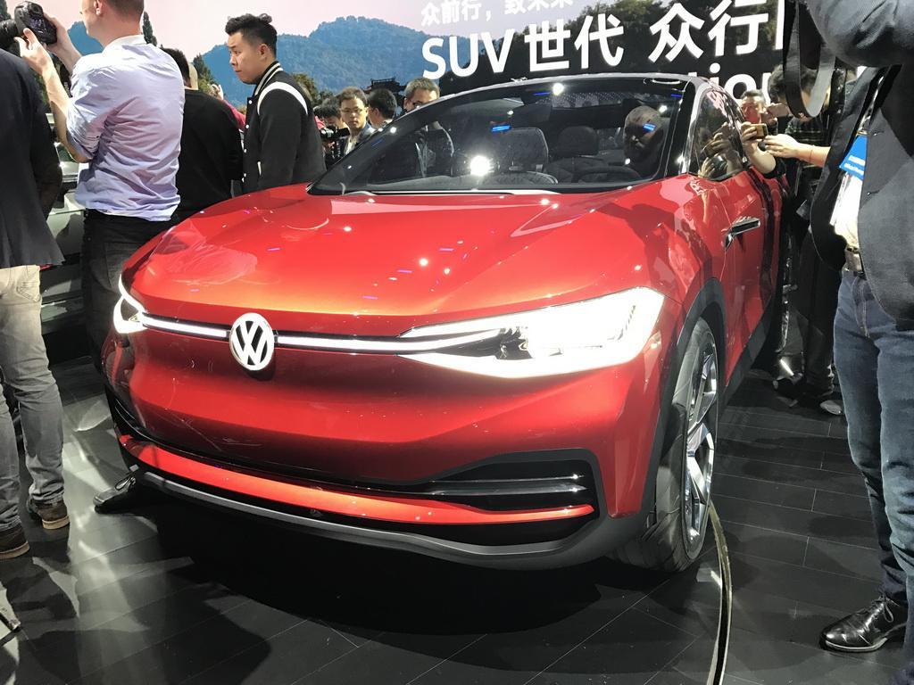 未来量产 大众I.D. Crozz II概念车首发