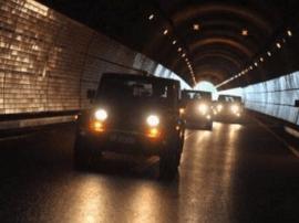 不开远光灯不变道 山西交警发布隧道行车指南