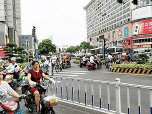 文明城市创建:姜堰多条路段实施严管严控