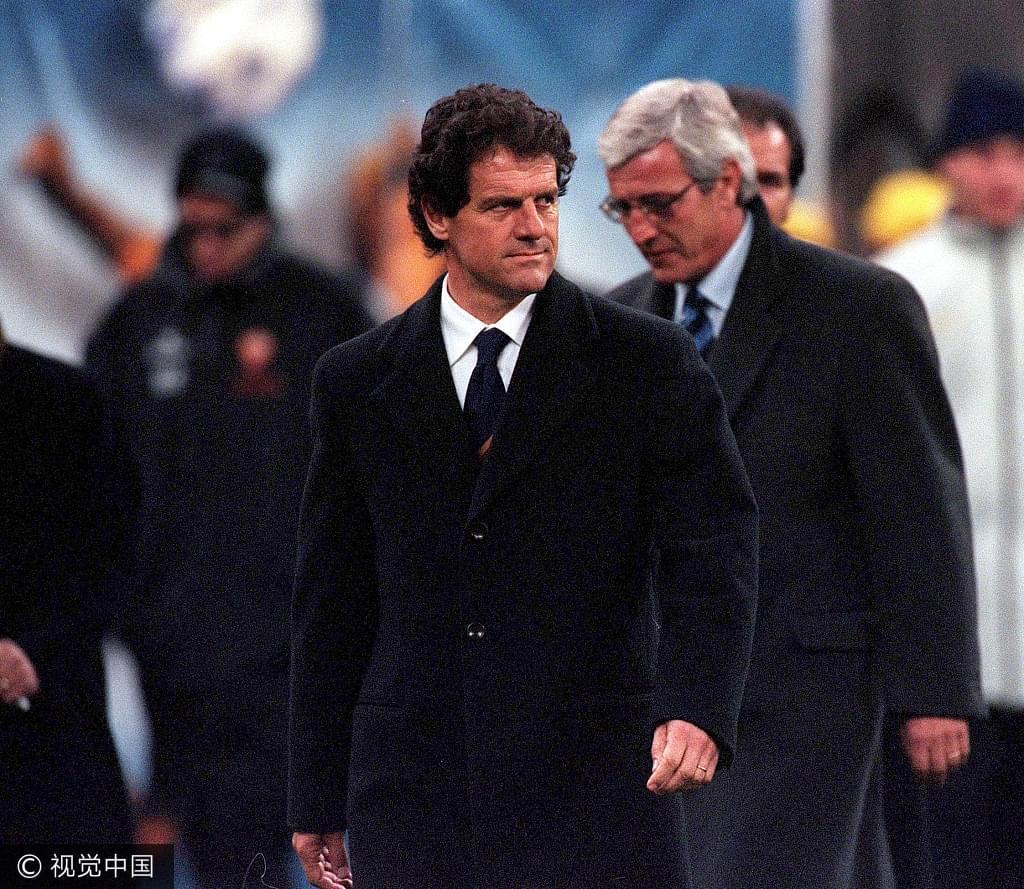 2000年,时任罗马主帅的卡佩罗和国米主帅的里皮。