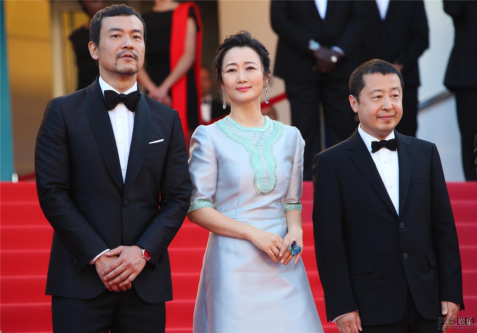 廖凡、赵涛、贾樟柯亮相《江湖儿女》戛纳首映红毯