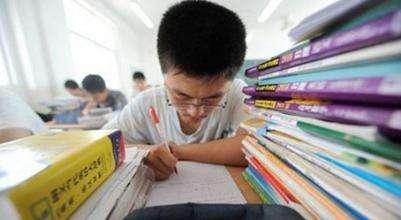 """南京""""小高考""""成绩公布 难度提高4A率明显下降"""