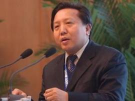 吴晓求:不能通过人民币贬值释放金融风险