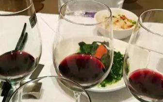 每晚1杯红酒 让你轻松活到99!