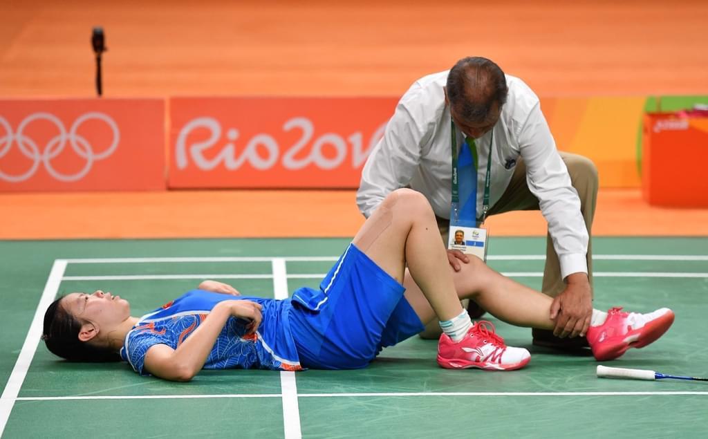 里约奥运会国羽只拿到两金,伦敦金牌得主李雪芮还受重伤。