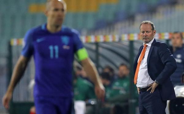 德勒夫梅开二度 荷兰客场0-2负保加利亚