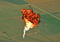 成功不易,马斯克展示那些年SpaceX花式爆炸集锦