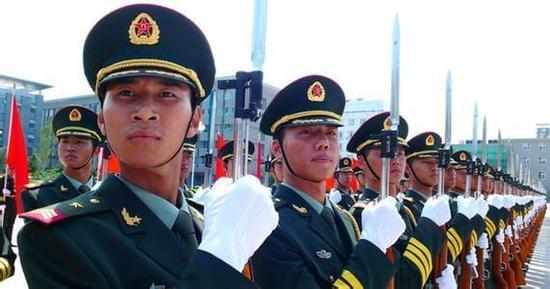 中国人民解放军陆军装备质量大踏步 制胜信息化战场