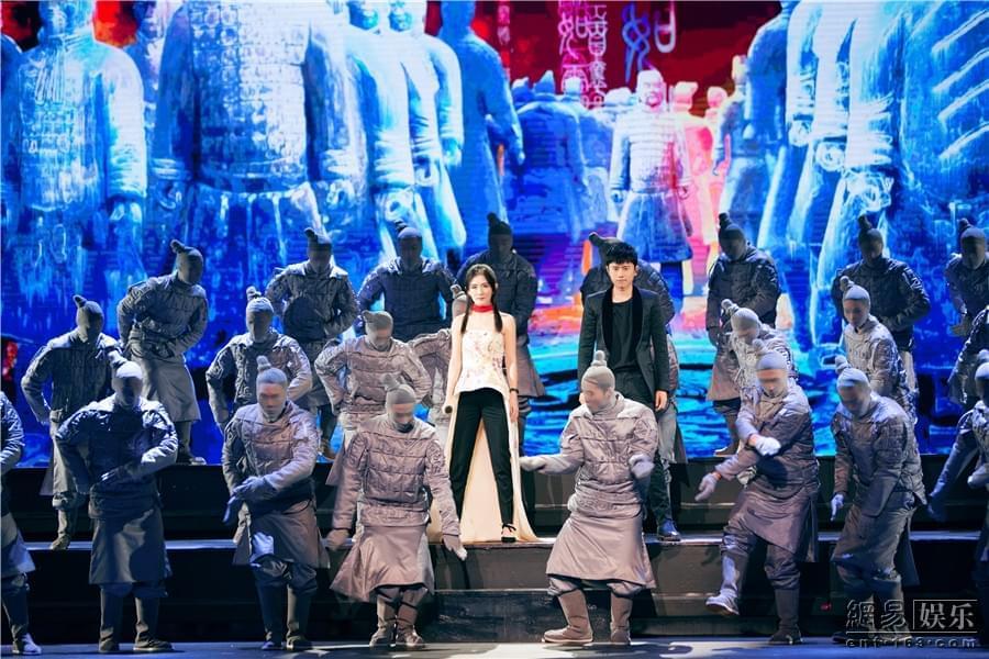 《跨界歌王》总决赛首战燃屏 狂潮创收视新高