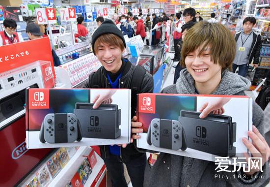 爱玩游戏早报:NS日本销量破400万 血污试玩版6月发布