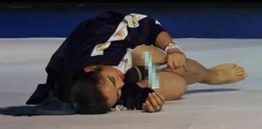 何洁趴地上演艺术体操 为赚奶粉钱太拼了