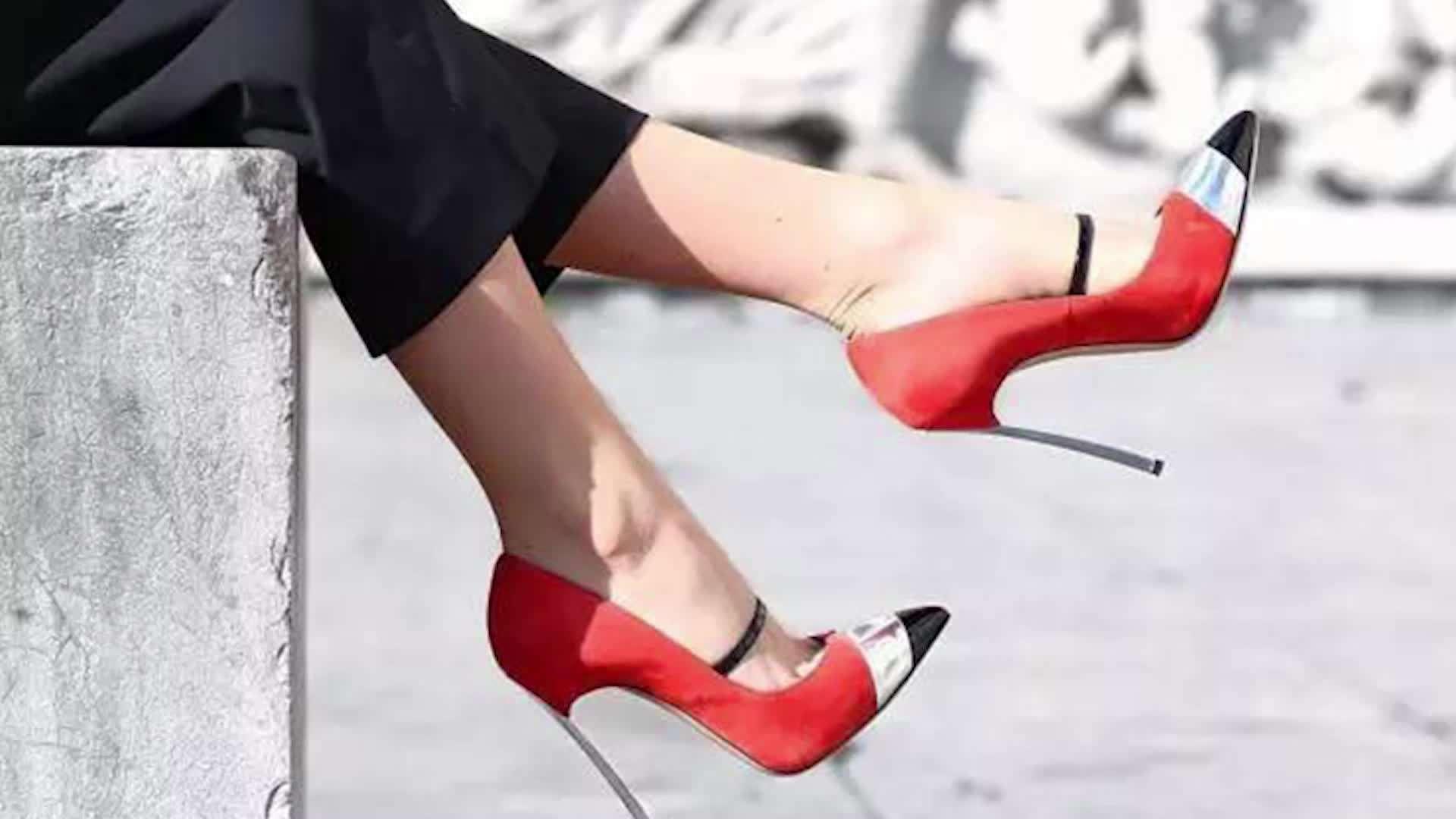 你没看错!女教师穿高跟鞋走路 不能发出大声响