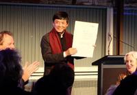 儿童文学作家曹文轩赴新西兰领取国际安徒生奖
