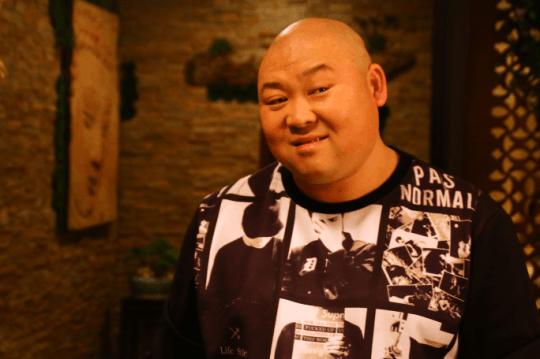 喜剧动作片《谜团》杀青 武君编剧导演一把抓