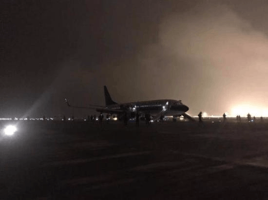 南航CZ6406航班货舱火警灯亮 安全备降长沙机场