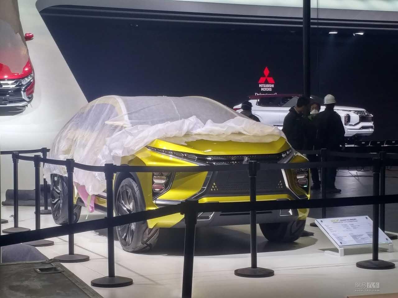 2017上海车展探馆:三菱eX概念车实车