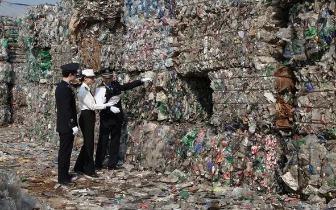 """顶风作案进口美国""""洋垃圾""""中国海关责令退回"""