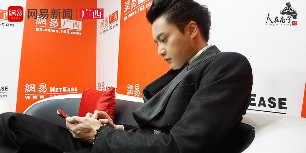 张国荣模仿者唐梓耀:你认为我模仿不像,那你来