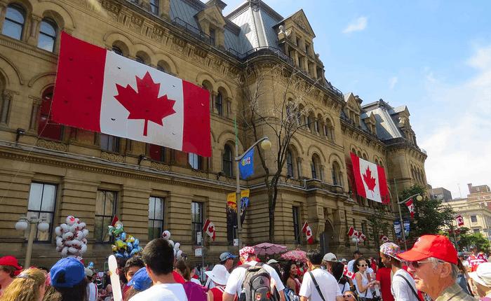 国人为什么老是想要移民加拿大?