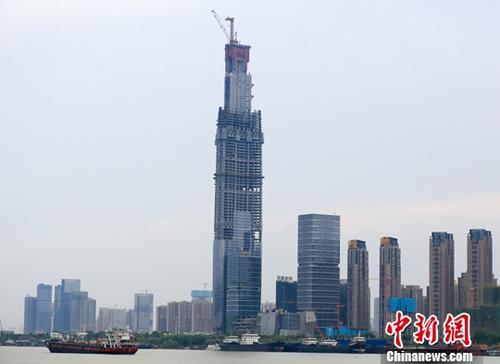 报告预计中国一线城市甲级写字楼市场将迎供应高峰