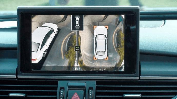 为了车辆和行人安全车企发明倒车影像 就为减少30%的事故