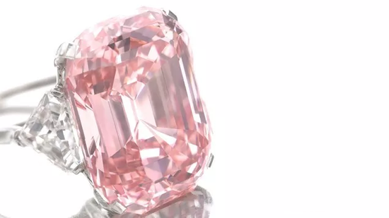 2017国际拍卖市场回顾:大批重要钻石流拍