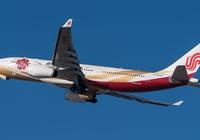 国航开放机上使用手机 四大航空巨头均实现开放