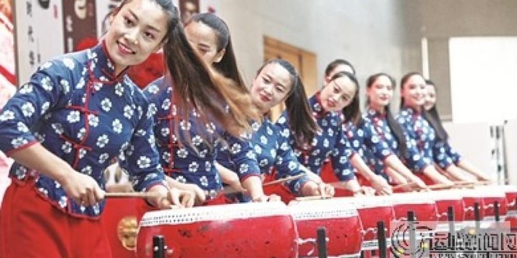 """小剧场演绎""""大运城""""运城文化艺术周文艺展演侧记"""