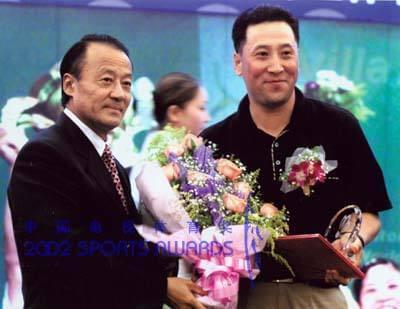 李富荣与李永波关系非同一般。