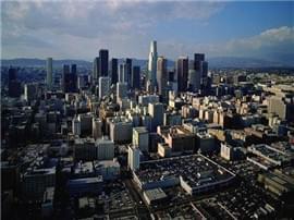 50城卖地2.4万亿元