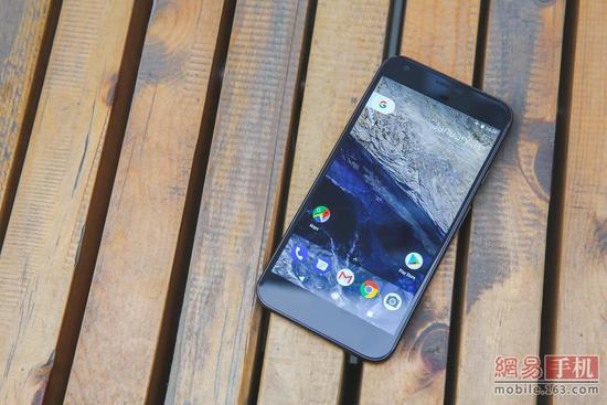谷歌Pixel XL手机评测:人工智能照进现实,拍照很强大
