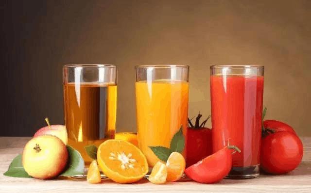 晨起第一杯水这样喝多活20年 常吃西红柿防胃癌