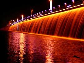 长春自由大桥、南湖大桥预计近日完成爆破拆除