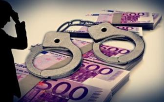 中介买通工作人员逃税 受贿科长获刑3年