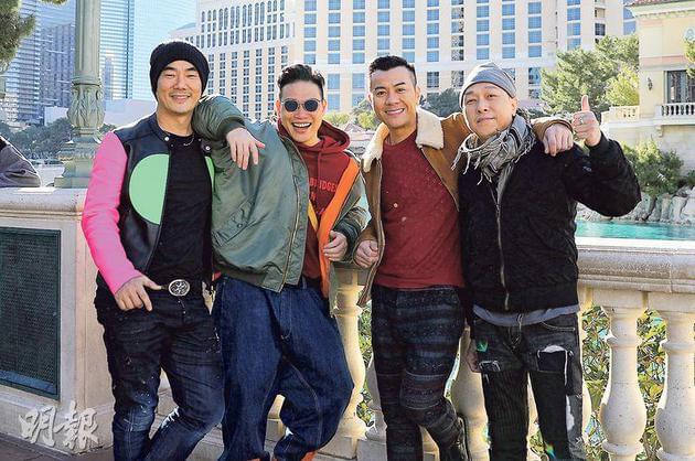 任贤齐(左起)、苏永康、梁汉文与黄家强新春前往美国演出,跟当地粉丝拜年。