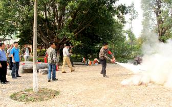 连江口镇从严从实做好2018年清明期间森林防火工作
