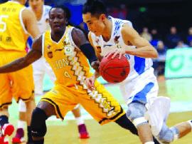 新年首战力求开门红 青岛男篮今晚主场对阵北京