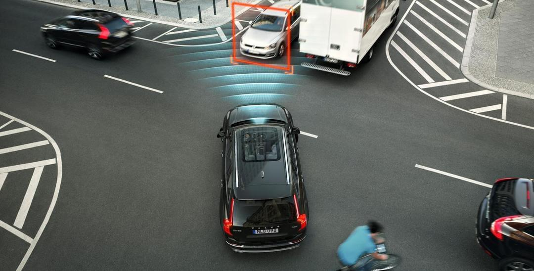 解读Uber车祸:人类司机撞上自动驾驶 谁该辩护?