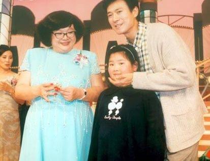 香港开心果肥姐:把快乐留在人前,将悲伤堆在台后