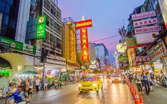 曼谷这条街道被华人占领 但语言不是普通话