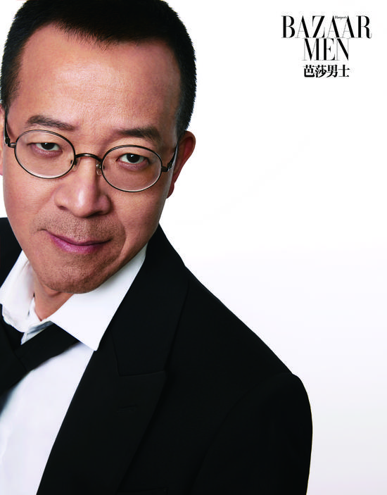 俞敏洪携新东方优能中学老师登上《芭莎男士》