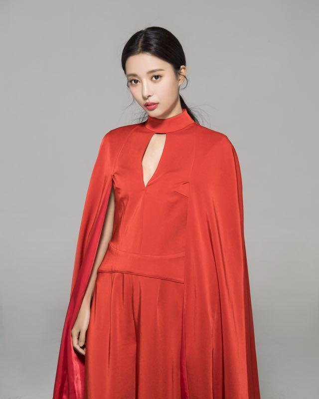 电视剧《福星盈门》热播 冯璧晴对戏潘长江