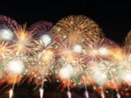 今年日本的花火大会,如何让自己美出天际