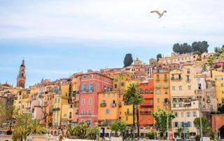 法国美丽小镇满满浪漫