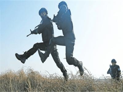 焦作特警开展战斧特训 红蓝小组对抗