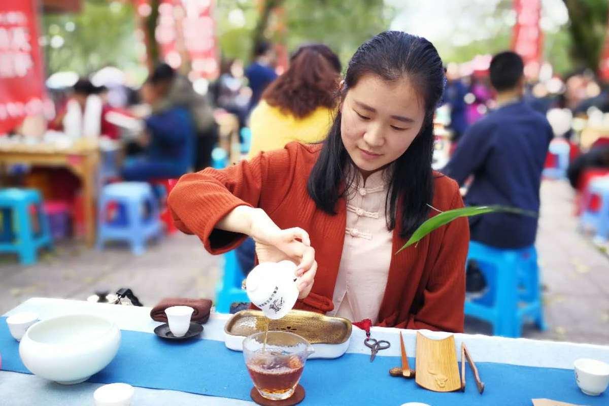 茶王颠峰战今日开锣 网易网友可以免费进场品茶