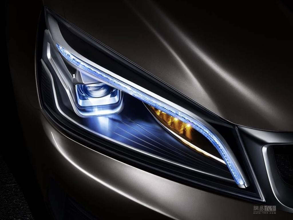 更動感的跨界SUV 吉利S1預告圖正式發布