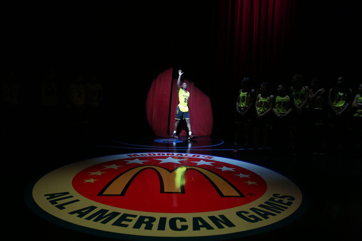 NCAA也干了!全美前三高中生抱团杜克 等等,这事儿怎么还扯到金拱门?