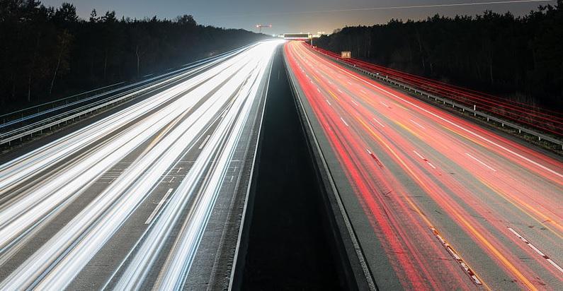 外媒:美国丧失自动驾驶领先地位 或被中英两国赶超